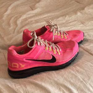 Nike Hot pink air max